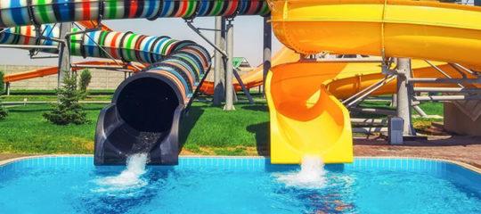 Se rendre dans un parc aquatique avec vos enfants